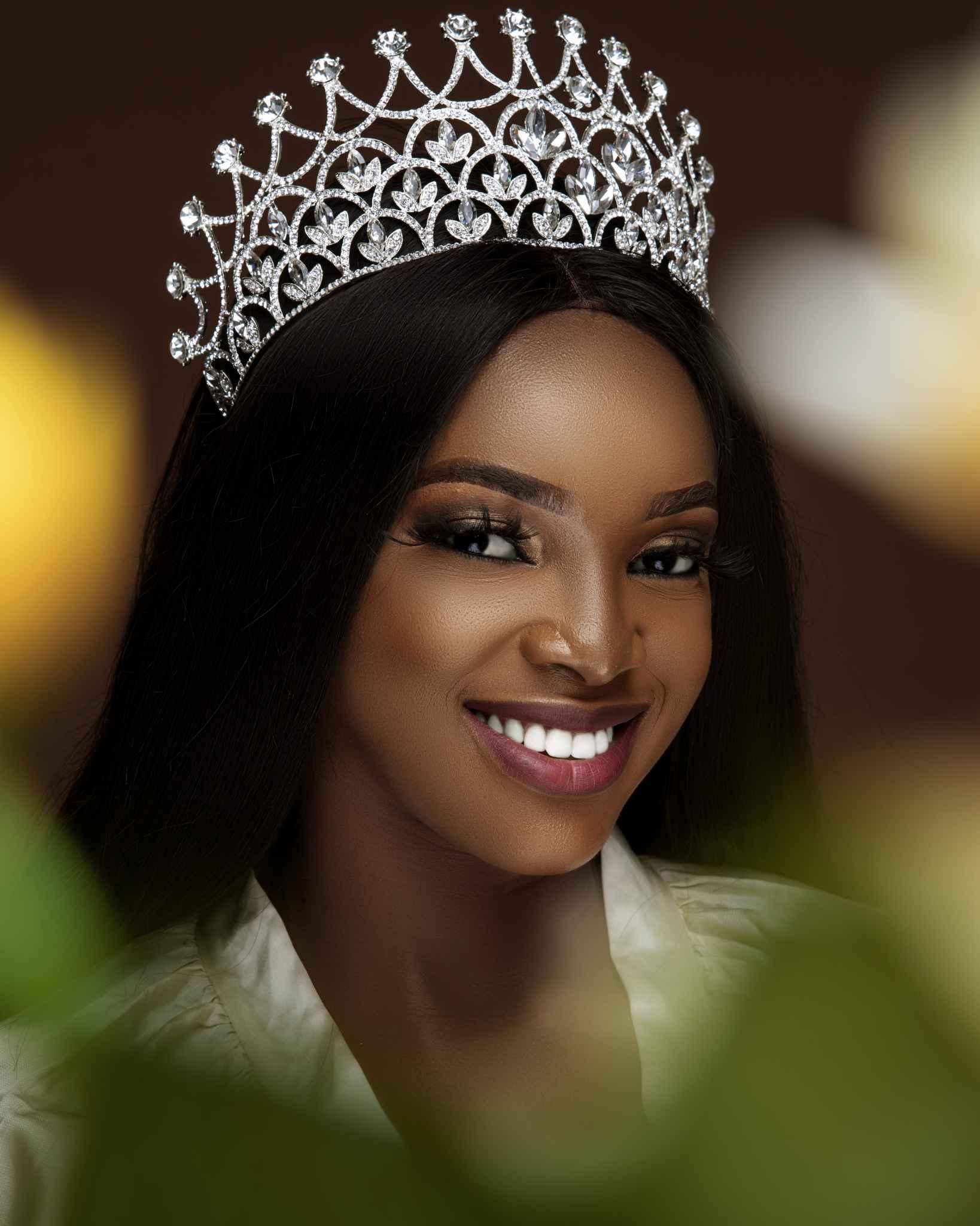 Queen Sandra Waka